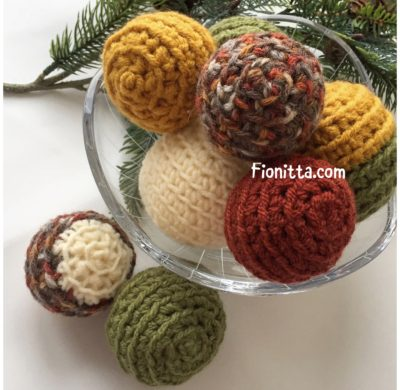 How to make  Christmas baubles (first part-balls)