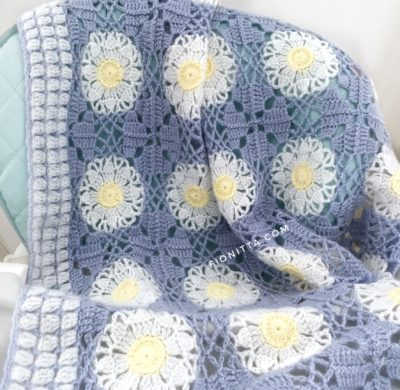 The Daisy blanket by Fionitta